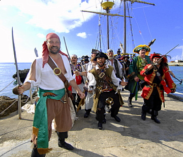 Pirates_week_grand_cayman001