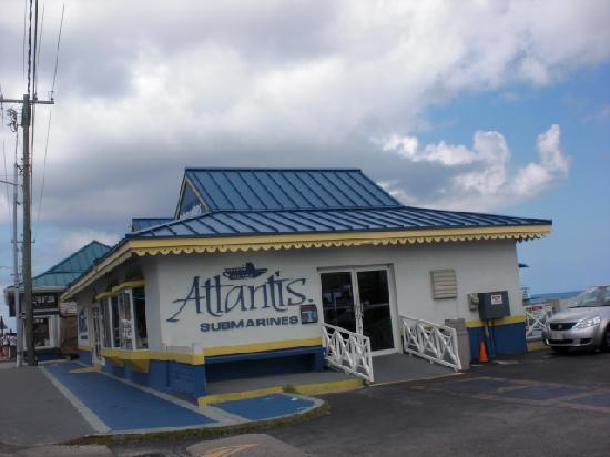 The-atlantis-submarine